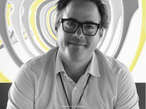 Portrait de Sylvain Figerou, opticien à Bordeaux
